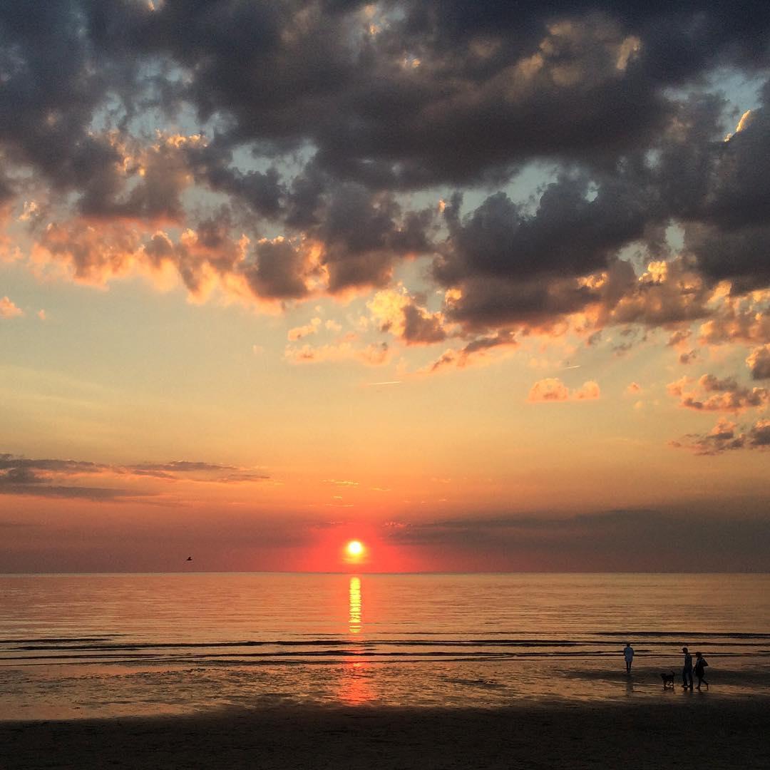 Zonsondergang van een paar weken geleden Wijk aan Zee wijkaanzeeophetstrandhellip