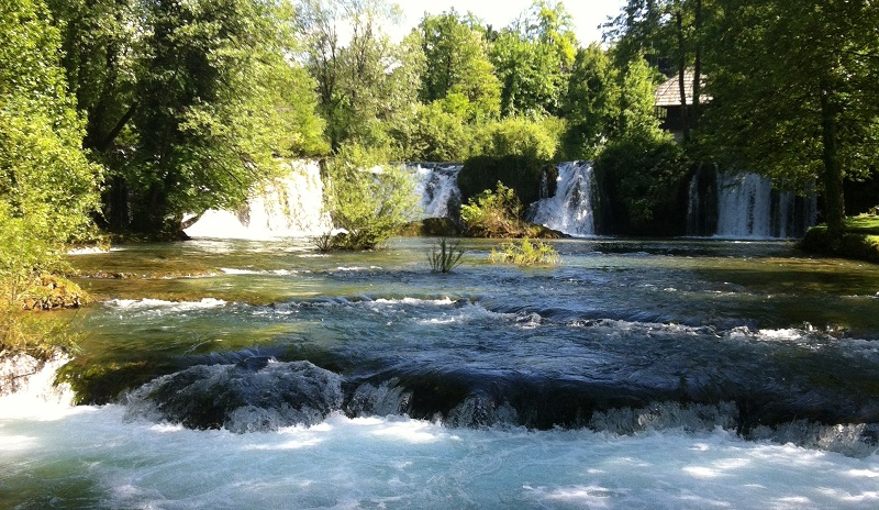 Watervallen in Rastoke