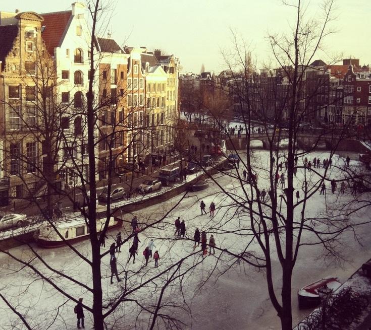 Schaatsen op de Keizersgracht, Amsterdam