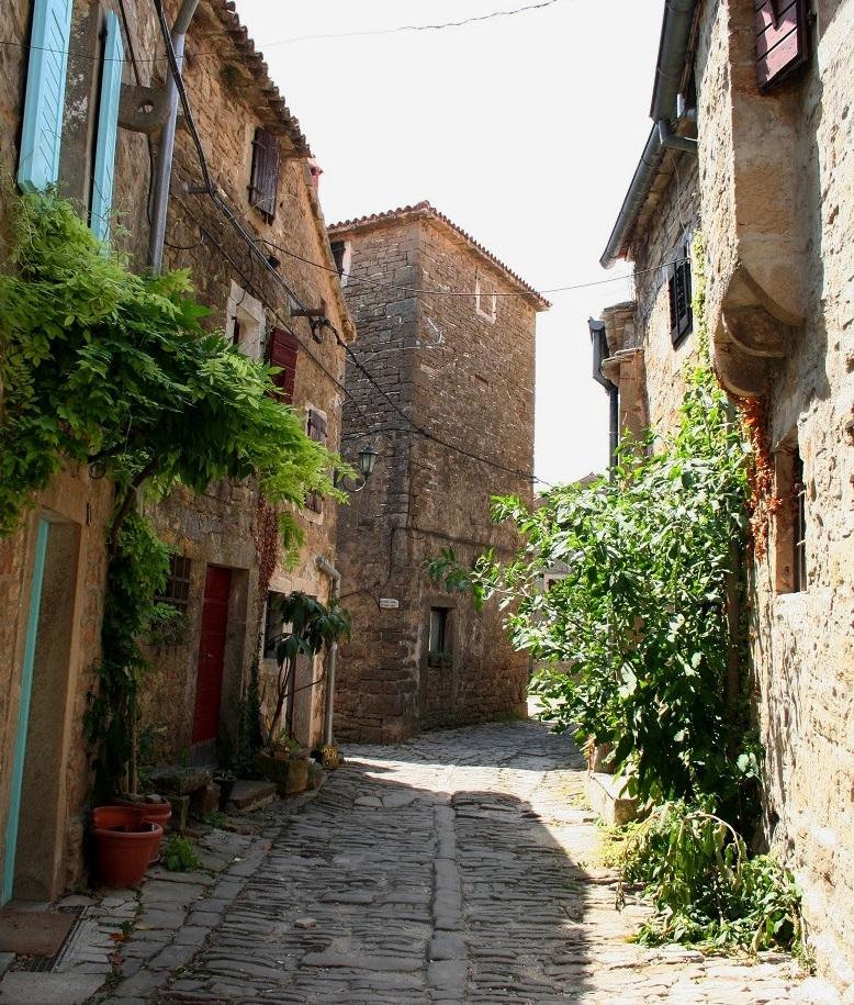 Straatje in Groznjan, Istrië