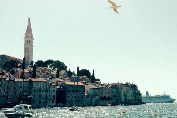 Zicht op Rovinj in Istrie