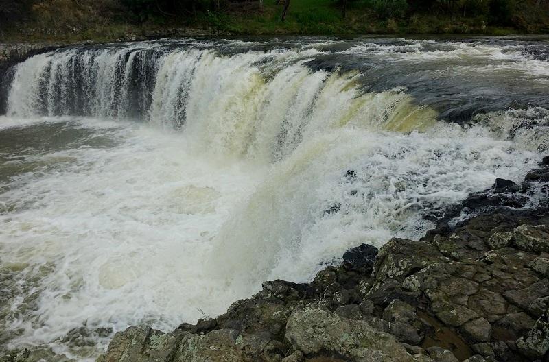 Haruru Falls bij Paihia, Northland