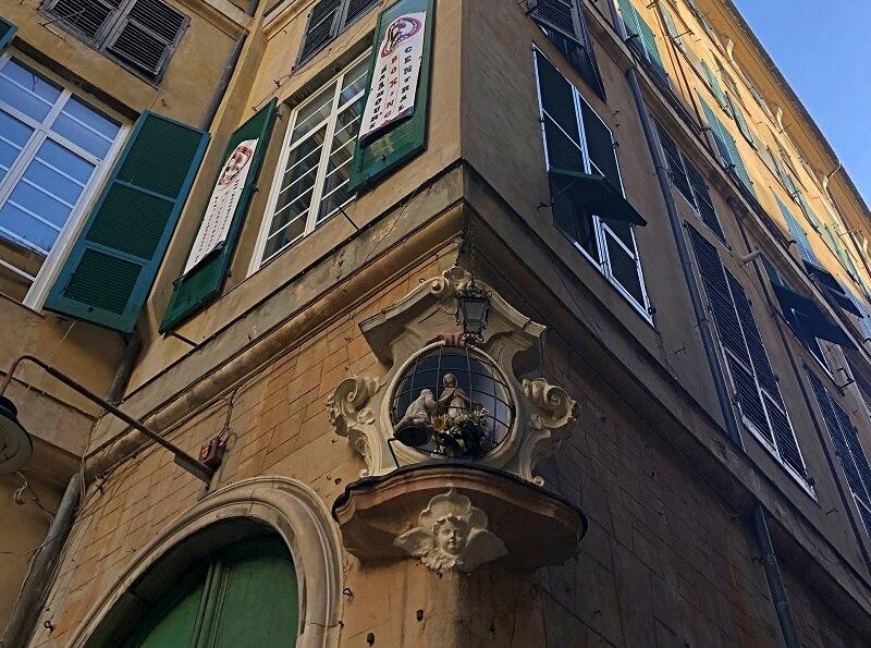 heiligenbeeld in Genua